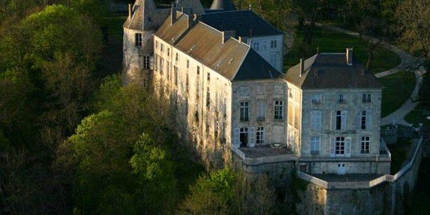Chateau-de-reynel