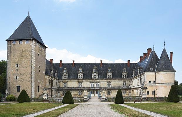 entrée-chateau-de-fleville